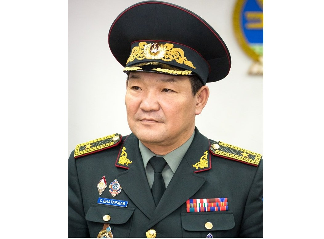 ЦЕГ-ын дарга, дотоодын цэргийн командлагч, бригадын генерал С.Баатаржав мэндчилгээ дэвшүүллээ