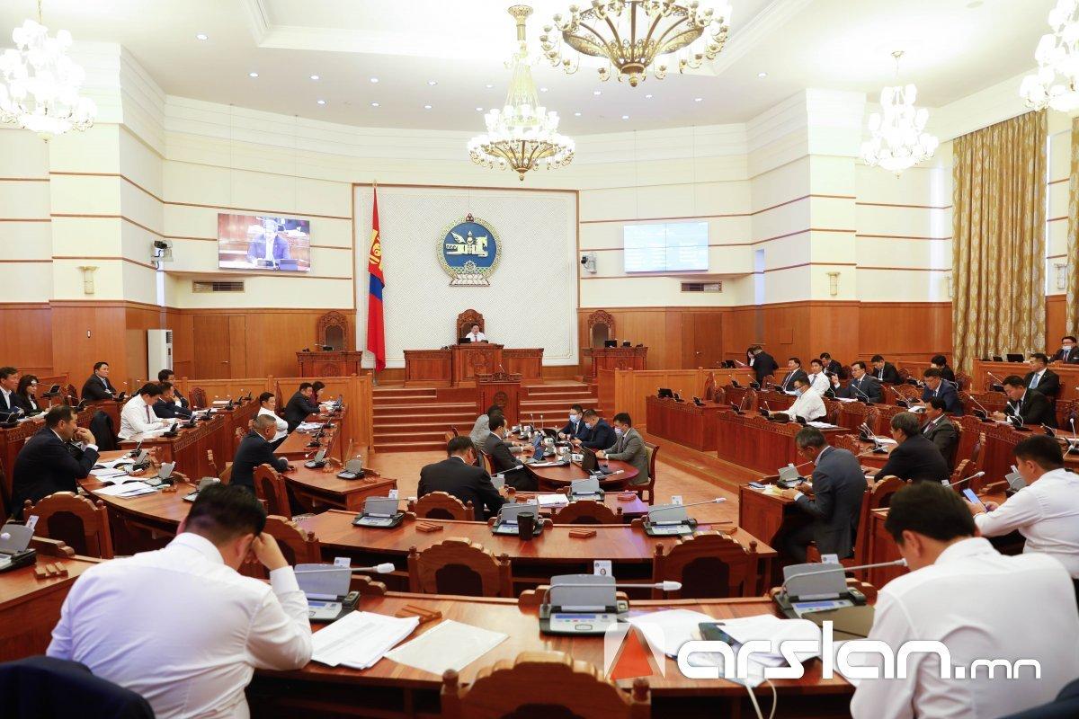 ЧУУЛГАН: Монгол Улсын шүүхийн тухай хуулийн төслийг буцаахаар боллоо