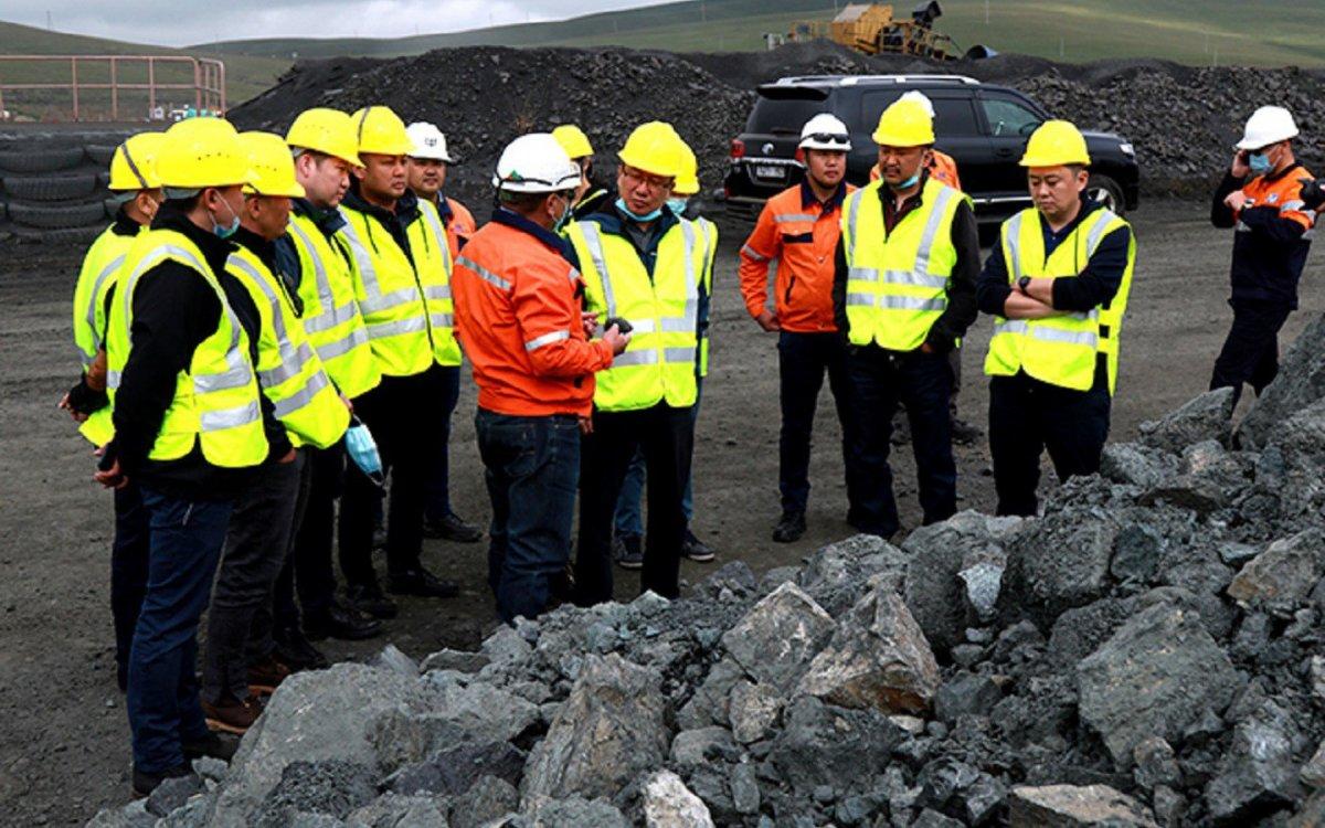 """Хүнд үйлдвэрлэлийг хөгжүүлэх хүрээнд """"Уул уурхай, металлургийн цогцолбор төсөл""""-ийг дэмжинэ"""