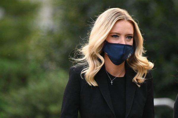 Д.Трампын хэвлэлийн албаны дарга коронавирусээр халдварлажээ
