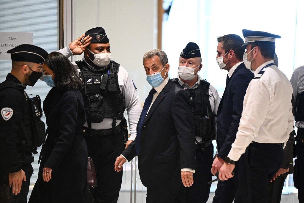 Францын Ерөнхийлөгч асан Никола Саркозид авлигын хэргээр 3 жилийн ХОРИХ ЯЛ оноолоо