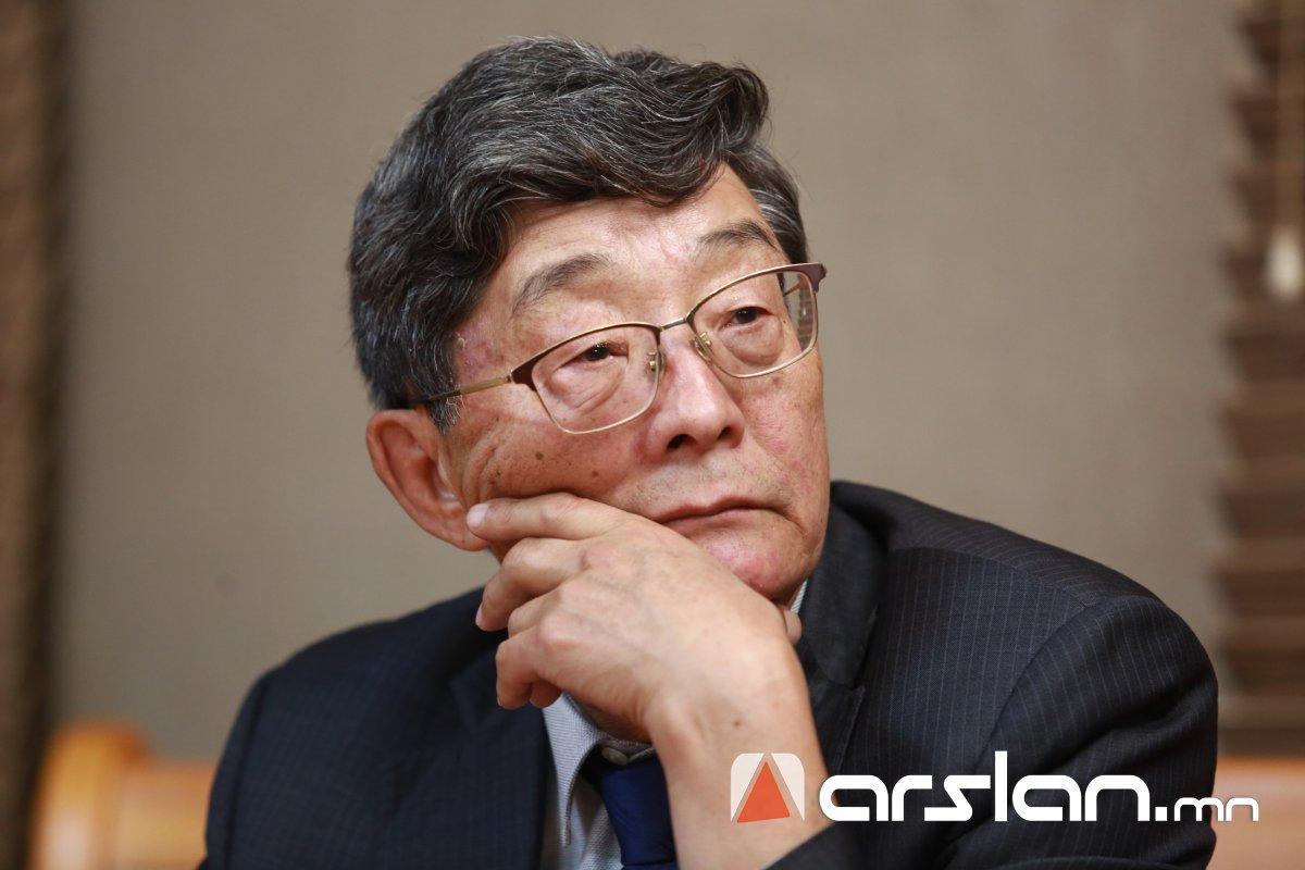Академич С.Нарангэрэл: Ерөнхийлөгч Х.Баттулга Монгол төрийн жолоог хууль бусаар атгах санаа агуулж байна