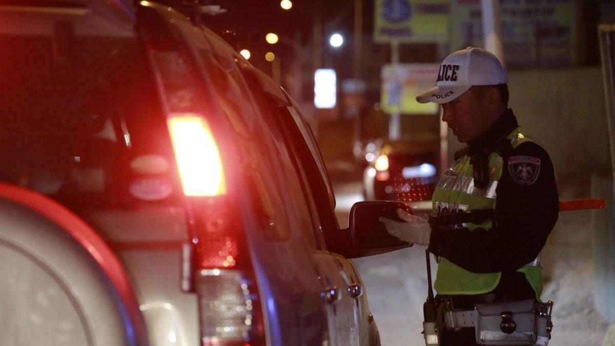 Өчигдөр 60 жолооч согтуу жолоо барьж, 261 хүн эрүүлжүүлэхэд хоножээ