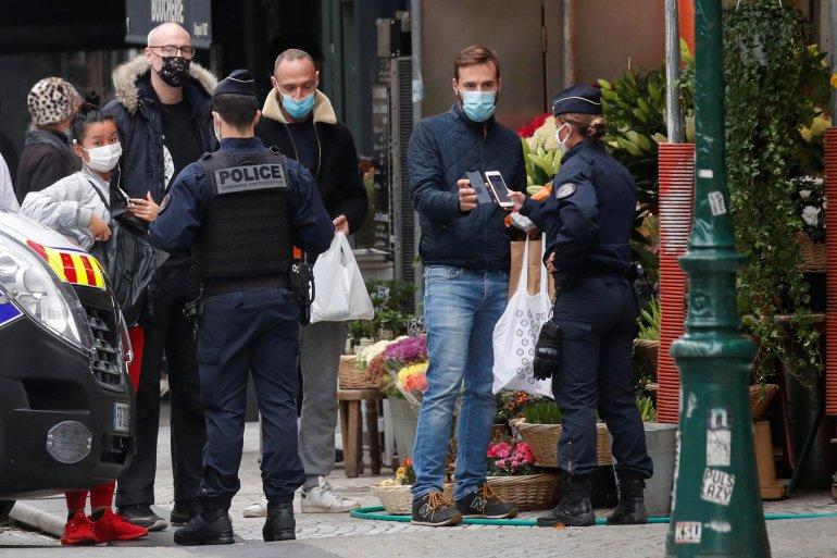 Франц коронавирустэй тэмцэх  хязгаарлалтын арга хэмжээгээ чангатгажээ