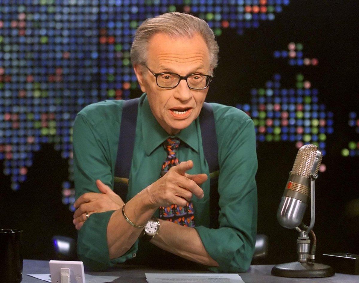 CNN-ийн алдарт хөтлөгч Ларри Кинг 87 насандаа таалал төгсжээ