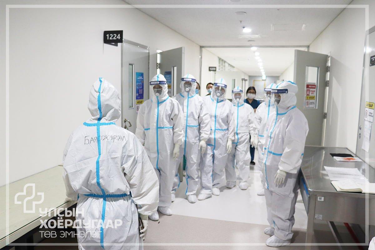 """""""Нэг хаалга- Нэг шинжилгээ""""-р УХТЭ-ийн молекулбиологийн лаборатори 63,101 хүний PCR-ын шинжилгээ хийжээ"""