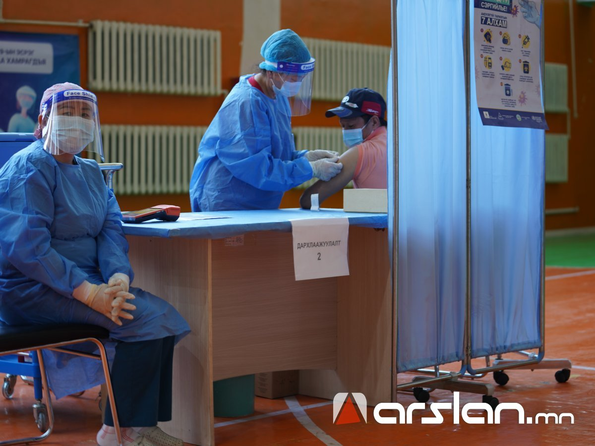 Өнөөдөр 16,180 албан хаагчийг AstraZeneca вакцины 2 дахь тунд хамруулна