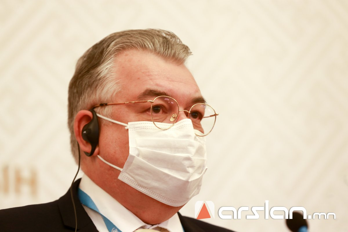 """Сергей Диордица: БНЭУ-аас ирсэн """"AstraZeneca"""" вакцин нь ДЭМБ-аасзөвшөөрсөн, чанарын шаардлагахангасан"""