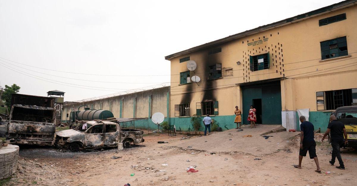 Нигерид 1800 гаруй хоригдол оргожээ