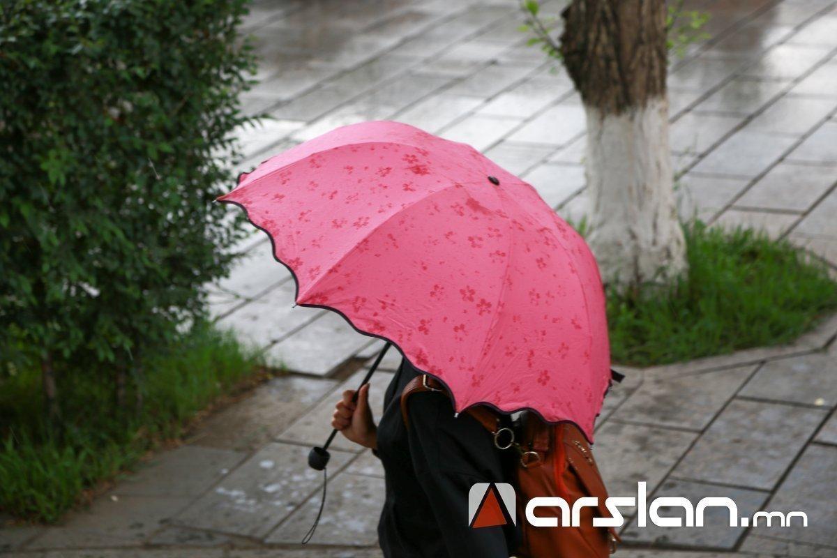 Улаанбаатарт бороотой, 16-18 хэм дулаан байна