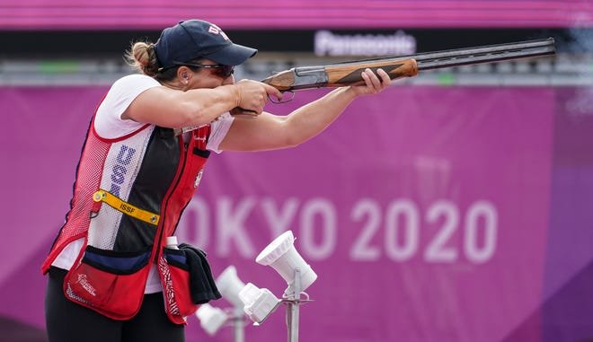 """ТОКИО 2020: АНУ-ын тамирчин буудлагын төрлөөр олимпын """"алтан медал"""" хүртлээ"""