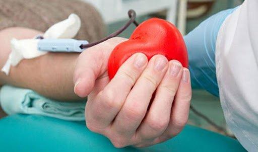 Таны хандивласан цус ГУРВАН ХҮНИЙ амийг аварна
