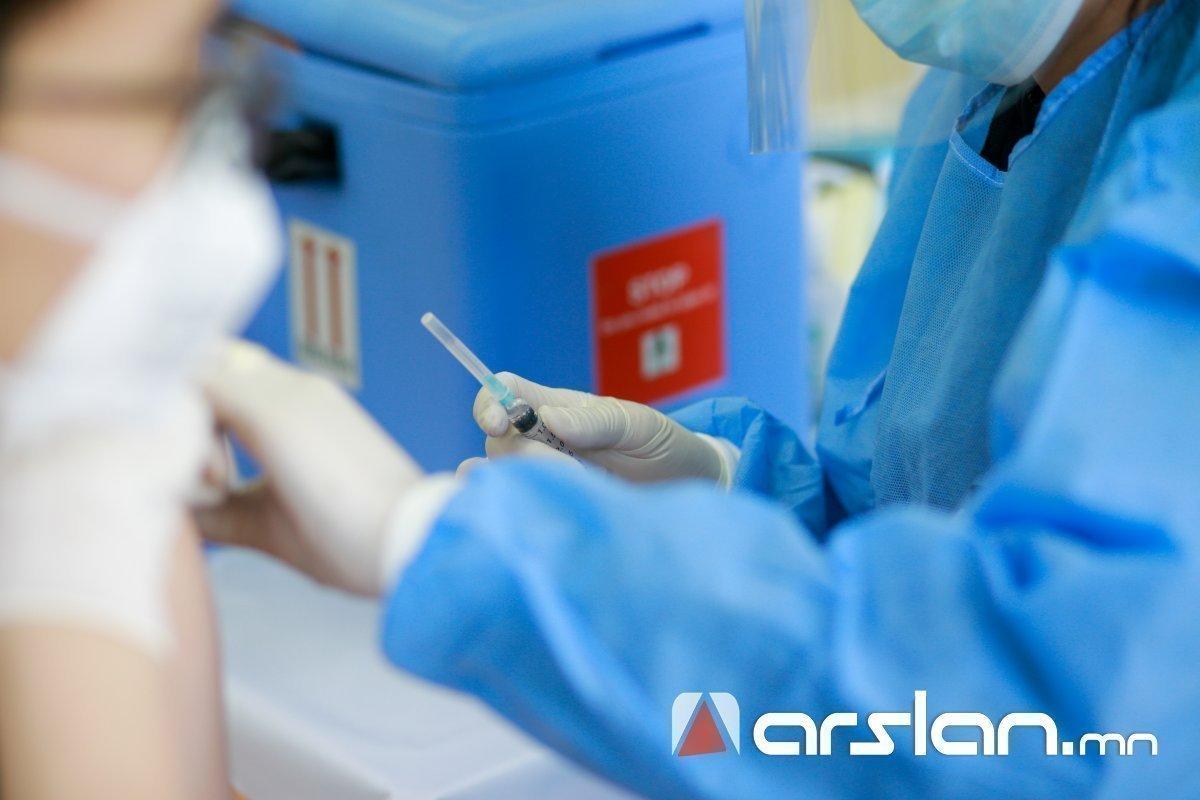 Өнөөдөр коронавирусийн эсрэг вакциныг 40 ЦЭГТ ХИЙНЭ