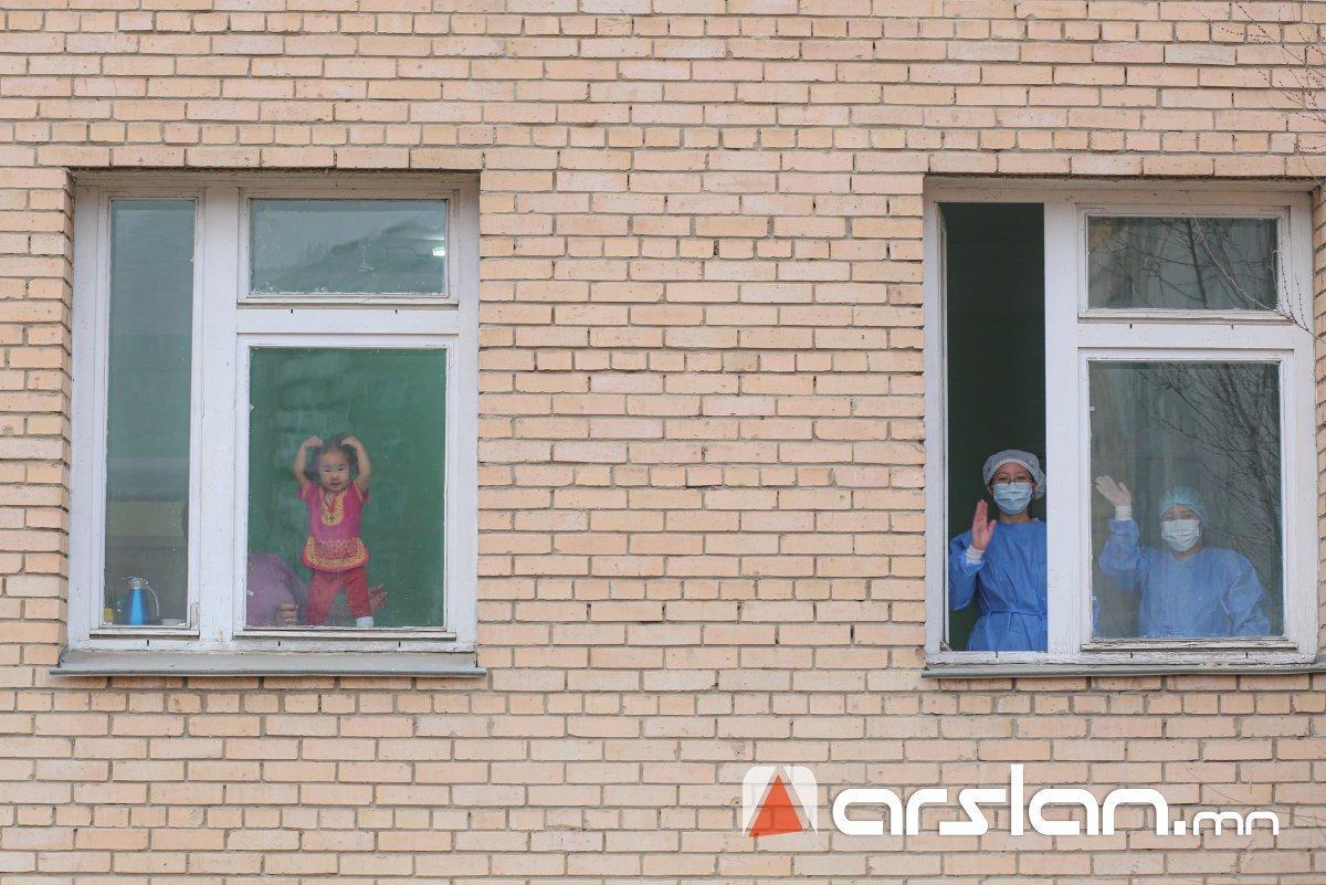 СЭРЭМЖЛҮҮЛЭГ: Сүүлийн 24 цагт  564 хүүхэд коронавирусийн халдвар авчээ