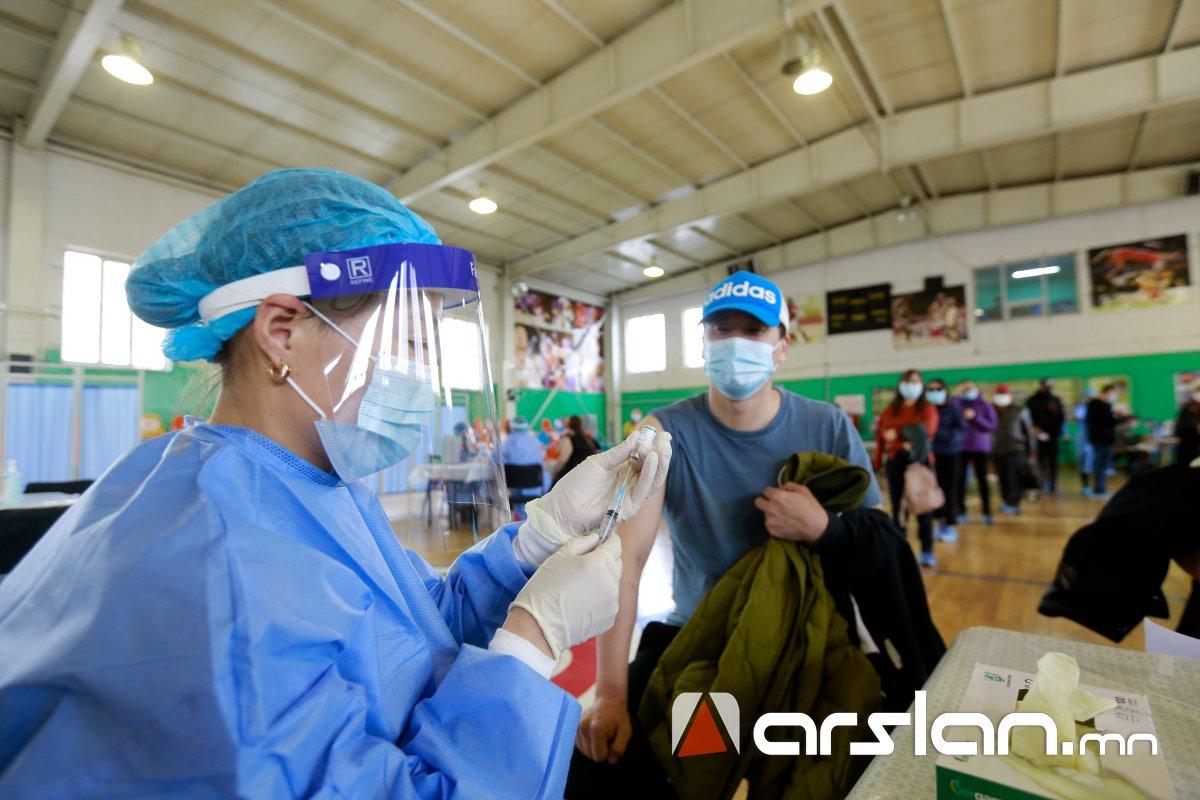 Өнөөдөр 15.00 цагийн байдлаар 37.630 иргэн коронавирусийн эсрэг вакцинжуулалтад хамрагджээ