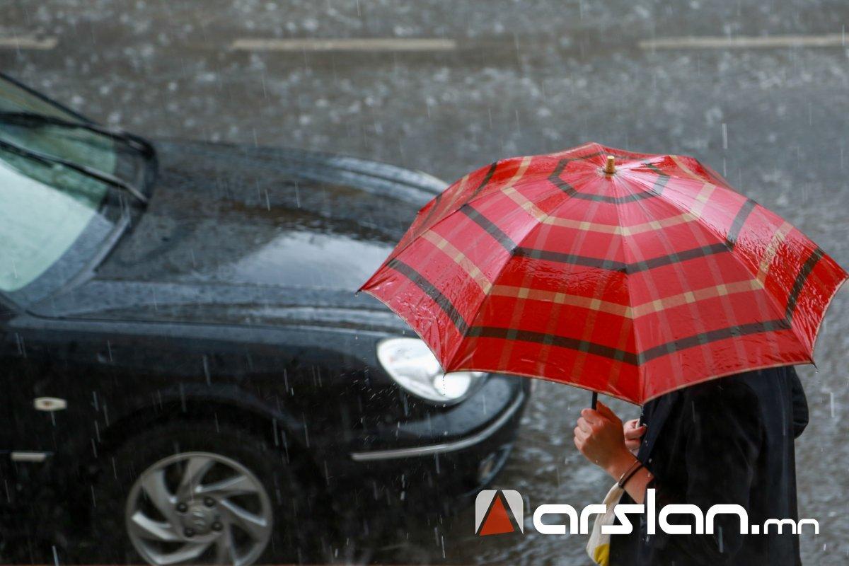 СЭРЭМЖЛҮҮЛЭГ: Баянхонгор, Өмнөговийн нутгаар их хэмжээний бороо орно