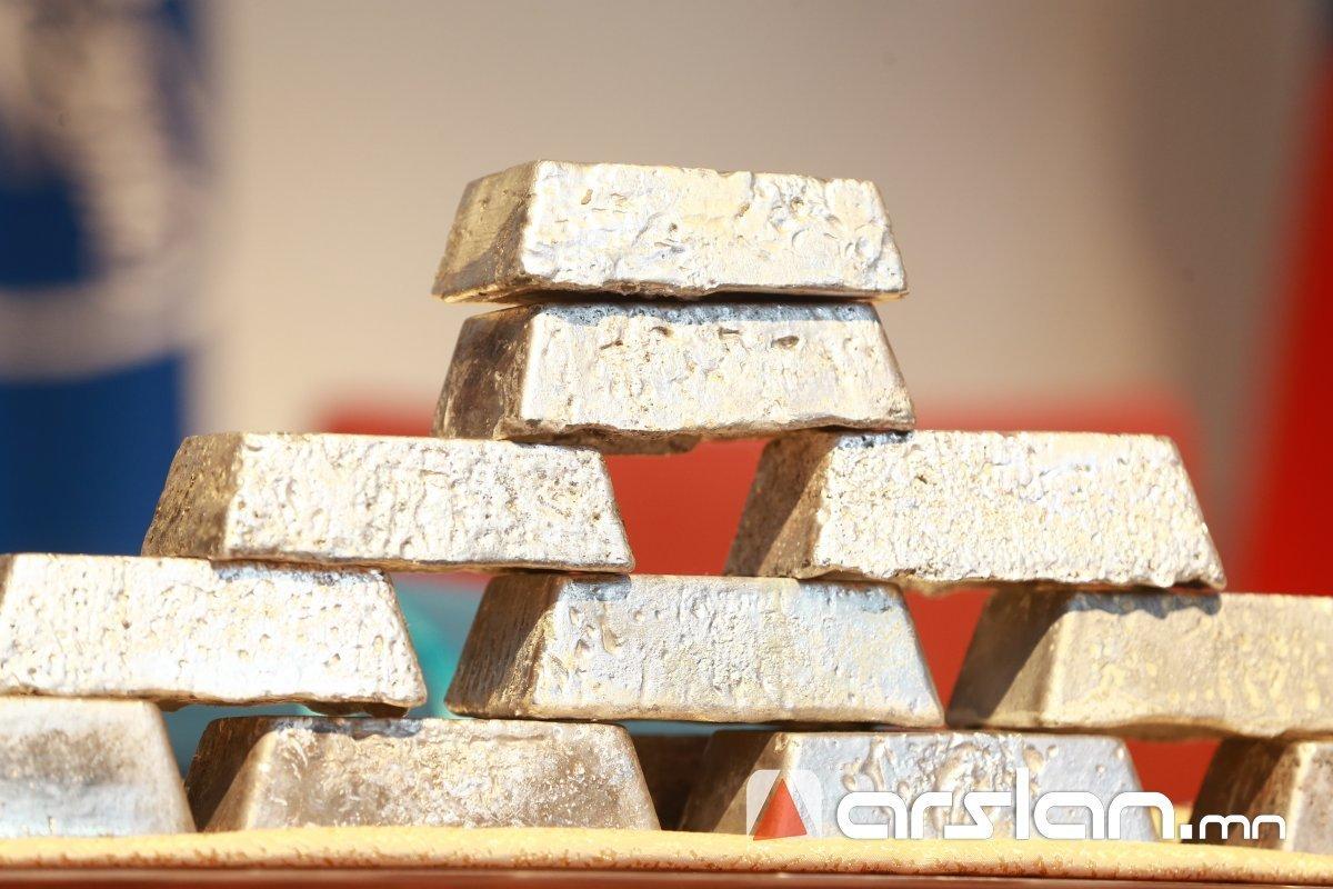 Монголбанк дөрөвдүгээр сард 1.3 тонн үнэт металл худалдан авчээ