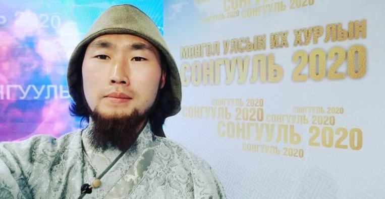 Чингисхаан: Би хаан болох зорилготой нэр дэвшиж байна. Монголд нэг толгой нэг тэргүүн хэрэгтэй
