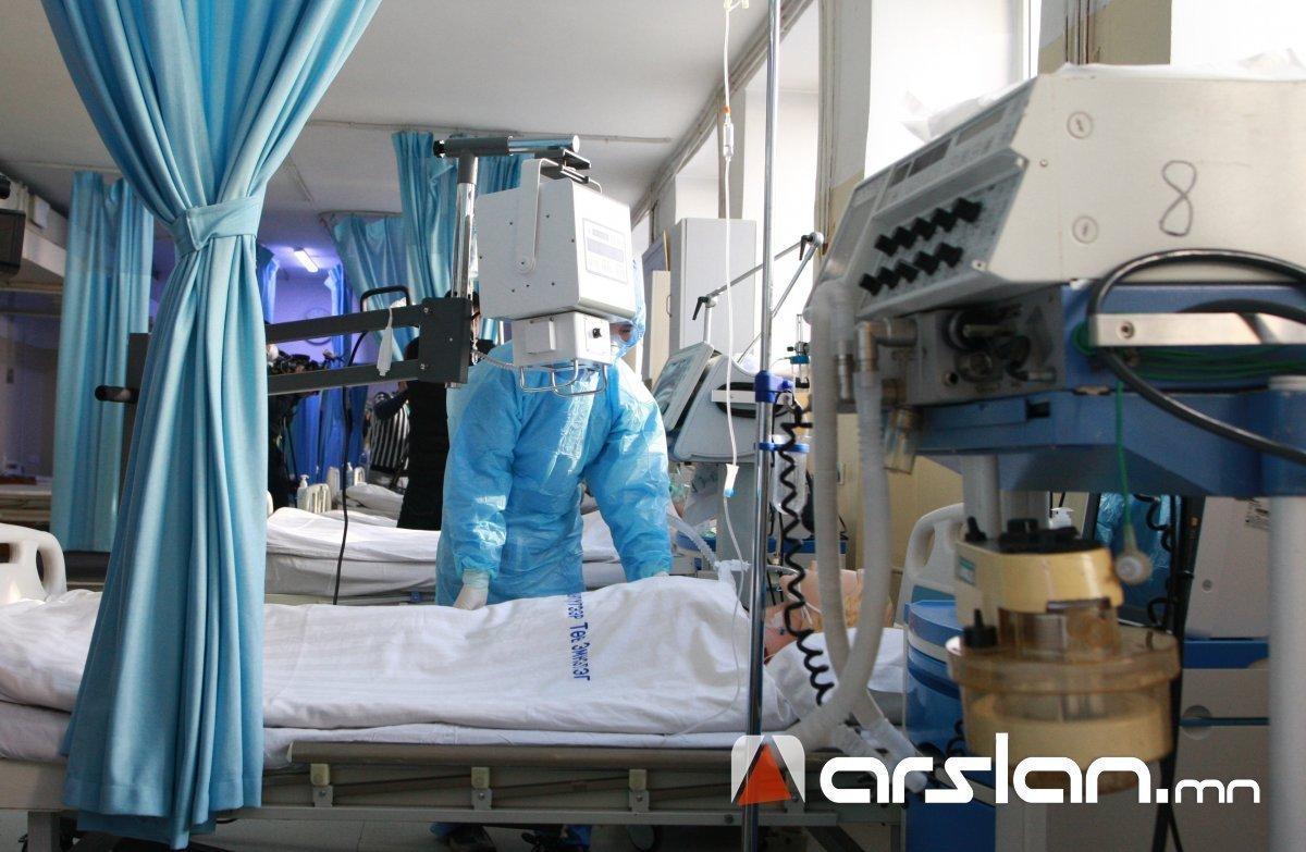Эмч ажилчид өвдөж, боловсон хүчний нөөцгүй болж байгаа нь тулгамдсан асуудал болж байна