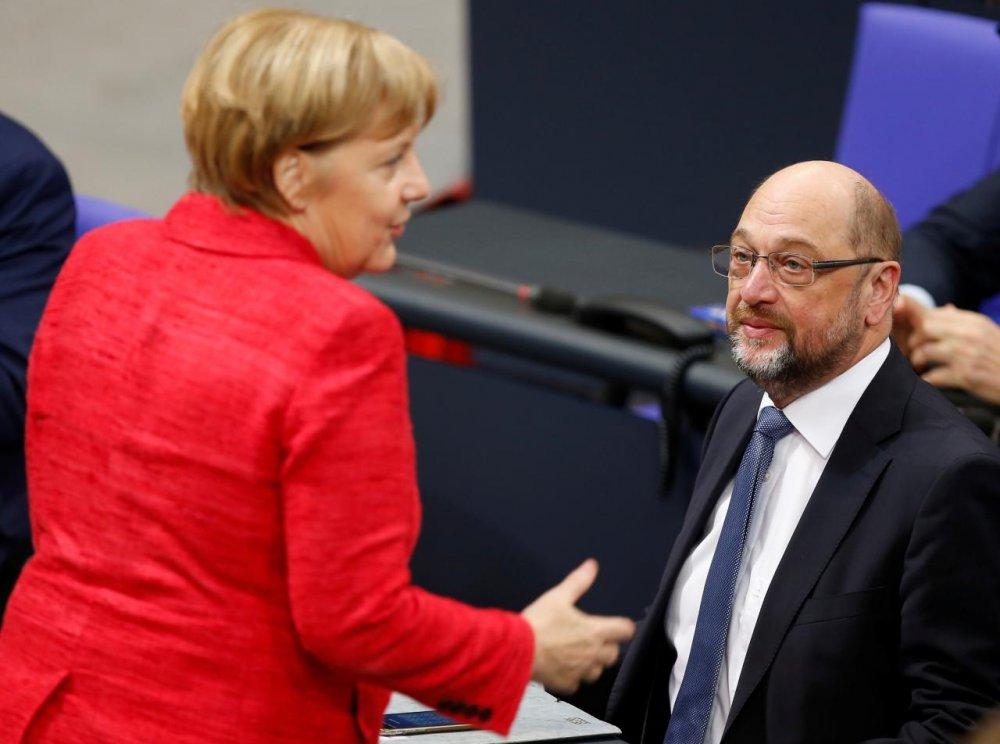 """А.Меркель Демократ намтай дахин хамтарч """"ИХ ЭВСЭЛ""""  байгуулахыг эрмэлзэж байна"""